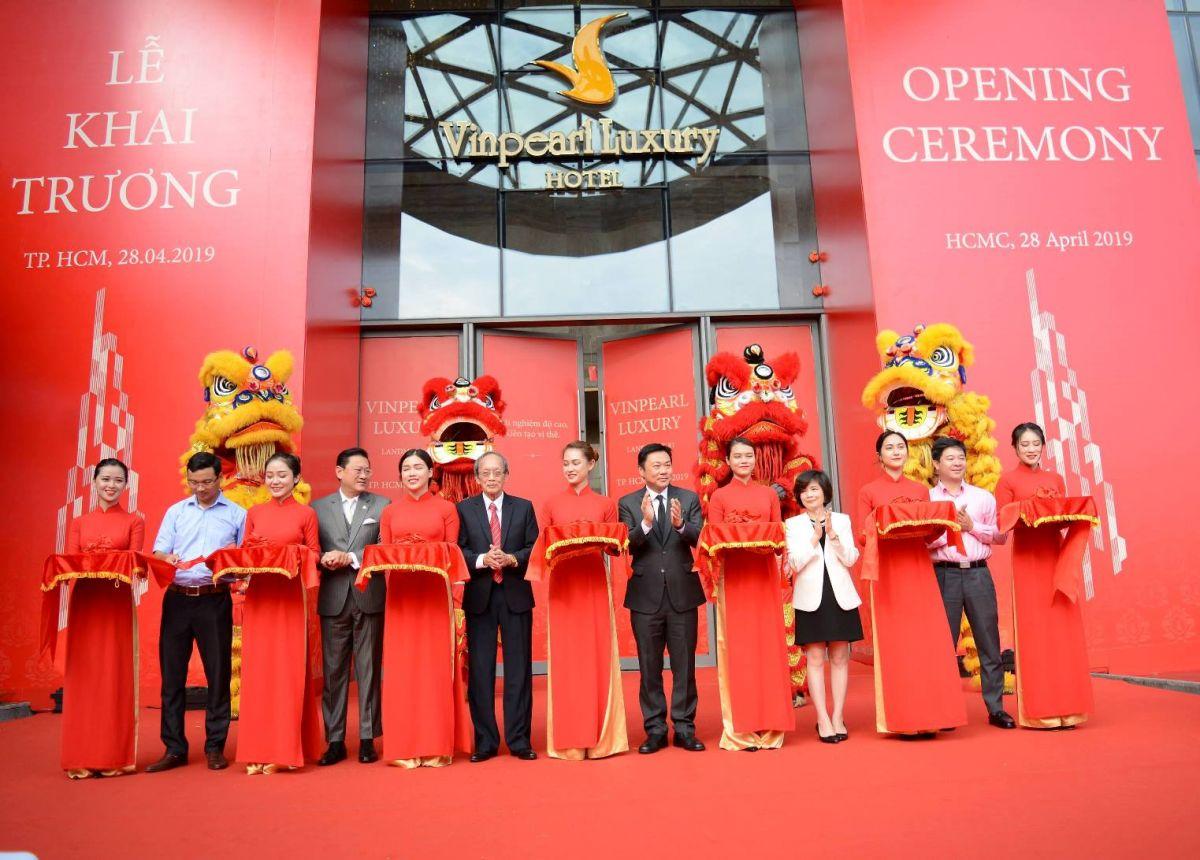 Lễ khai trương Khách sạn Vinpearl Luxury và Đài quan sát Landmark 81 SkyView cùng Giải chạy thang bộ thế giới đồng loạt diễn ra ngày 28/4