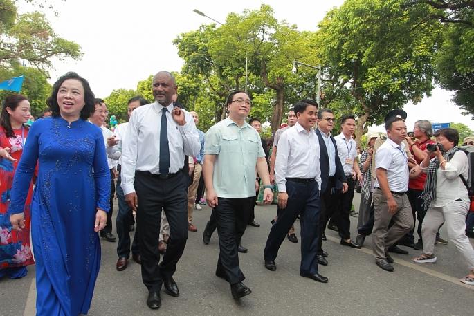 Lễ kỷ niệm 20 năm Hà Nội thành phố vì hoà bình