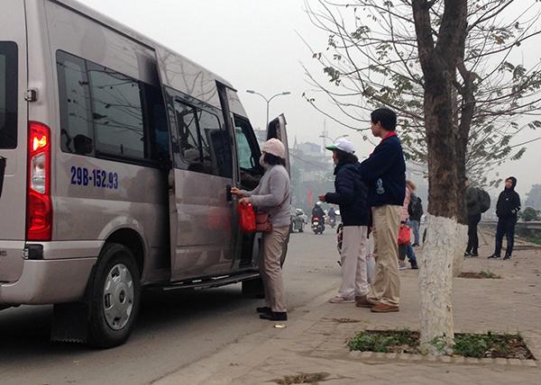 Hà Nội: Cận Tết Nguyên đán, nhức nhối tình trạng xe khách đón trả sai quy định - Ảnh 2