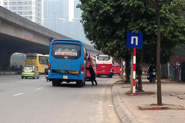 Hà Nội: Cận Tết Nguyên đán, nhức nhối tình trạng xe khách đón trả sai quy định - Ảnh 5