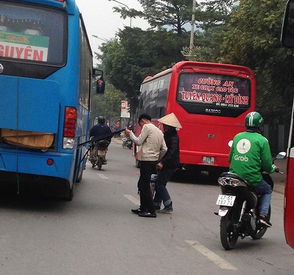 Hà Nội: Cận Tết Nguyên đán, nhức nhối tình trạng xe khách đón trả sai quy định