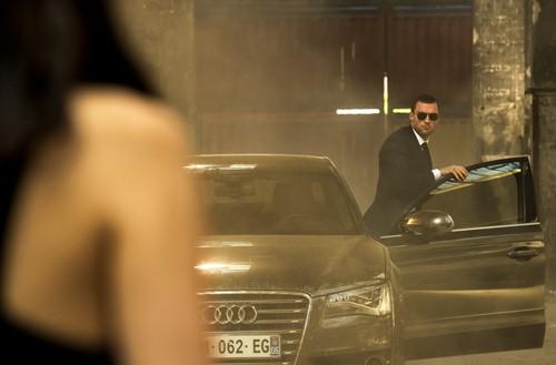 Chiếc Audi S8 xuất hiện dày đặc trong phim