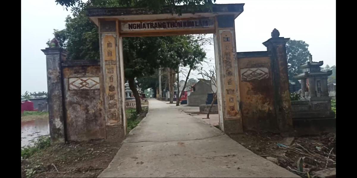 Nghĩa trang của thôn đã có và không được nâng cấp, tu sửa.