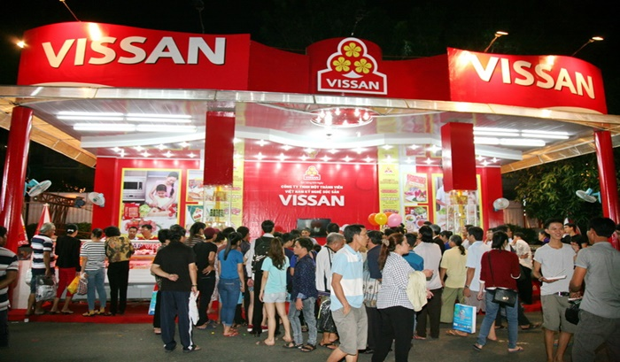 """Vụ sản phẩm xúc xích của Vissan kém chất lượng: Liệu có """"lặn một hơi"""" khi """"chơi với phốt""""?"""