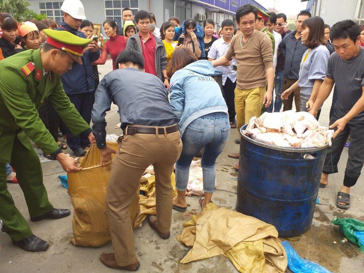 Ninh Bình: 1.000 công nhân bỏ ăn trưa vì nghi nhà bếp sử dụng thịt gà ôi thiu