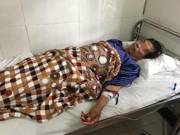 Lạng Sơn: Uống rượu ngâm cây thuốc phiện một người tử vong