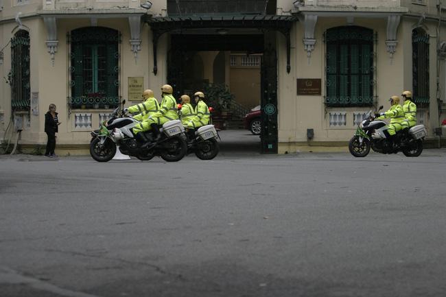 Hà Nội: Đường phố khác lạ trong ngày ra quân trước Hội nghị Thượng đỉnh Mỹ - Triều Tiên - Ảnh 11.