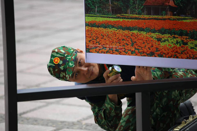 Hà Nội: Đường phố khác lạ trong ngày ra quân trước Hội nghị Thượng đỉnh Mỹ - Triều Tiên - Ảnh 8.