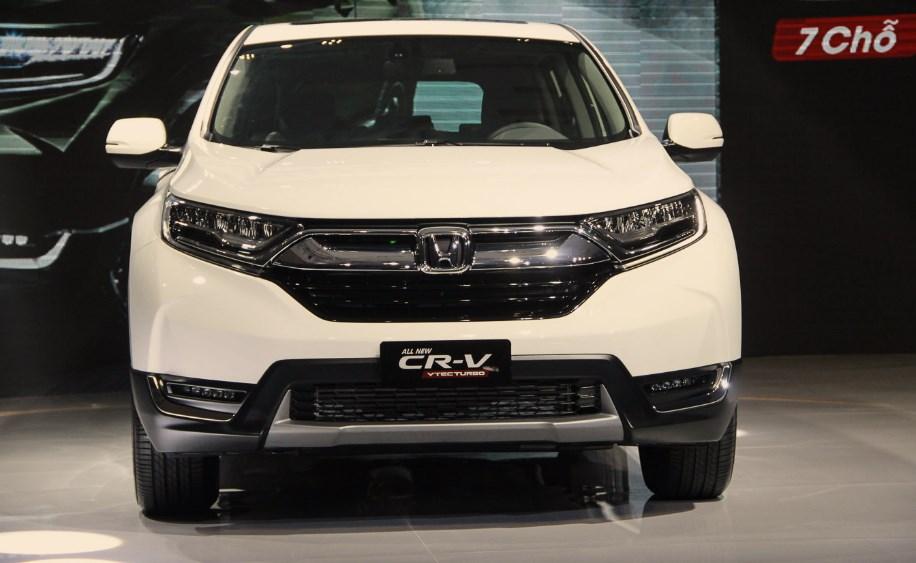 Đánh giá xe Honda CR-V 2018: Xe gia đình tiết kiệm nhiên liệu, tính ứng dụng cao