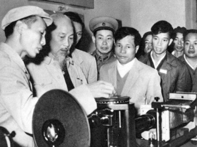 Chủ tịch Hồ Chí Minh với Ngày Quốc tế Lao động - Ảnh 4