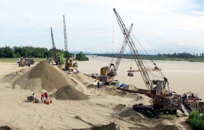 Tăng cường xử lý vi phạm khai thác, kinh doanh, tập kết cát, sỏi trên cả nước