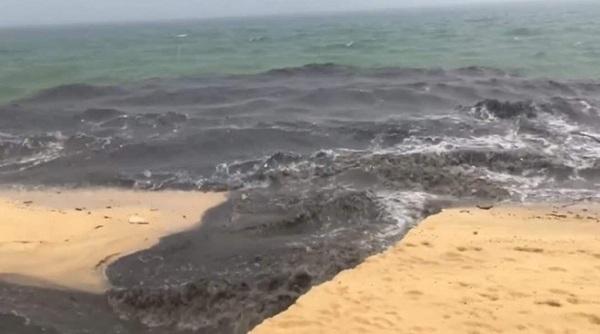 Tổng cục Môi trường đề nghị làm rõ vụ dòng nước đen đổ ra biển Phú Quốc