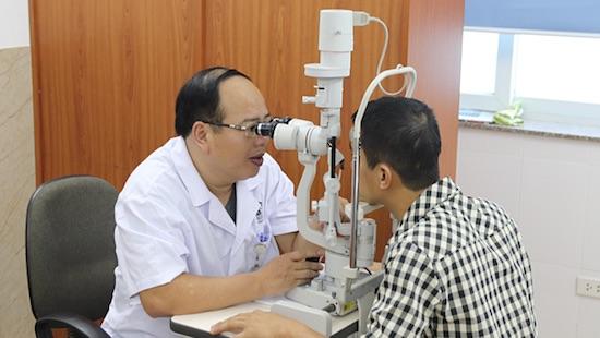 Bác sĩ khuyến cáo cách tránh mắt bị bệnh trong ngày hè nắng gay gắt