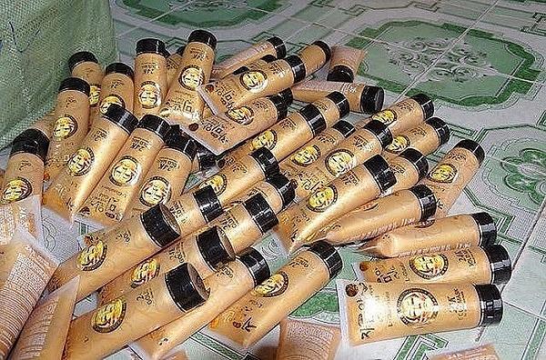 Hưng Yên: Gần 20.000 lọ mỹ phẩm không hóa đơn chứng từ bị thu giữ