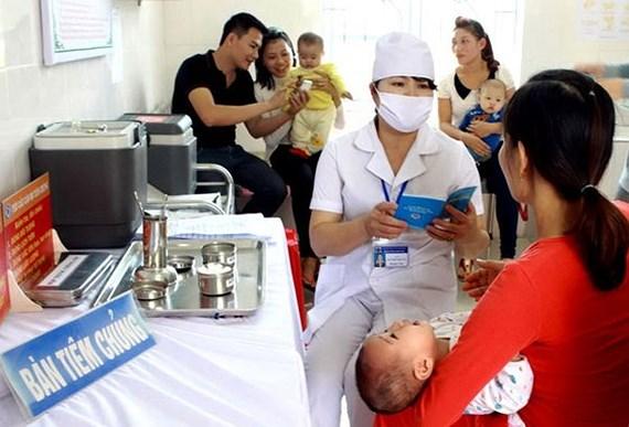 Đưa thêm một loại vaccine 5 trong 1 mới vào tiêm chủng mở rộng