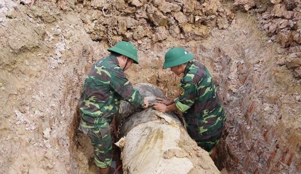 Thanh Hóa: Hủy nổ thành công quả bom phá nặng 900 kg