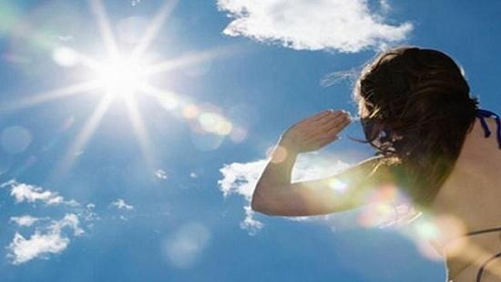 Nắng nóng kéo dài, cảnh báo nguy cơ cháy nổ và tia UV gây hại
