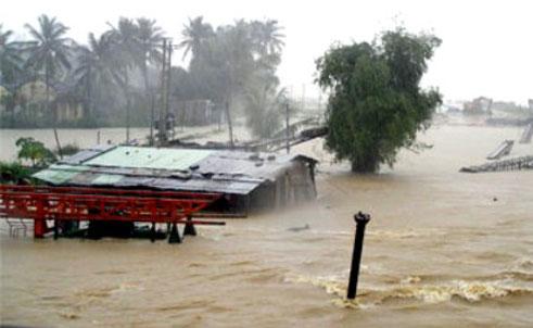 Thiệt hại do thiên tai ước tính hơn 464 tỷ đồng