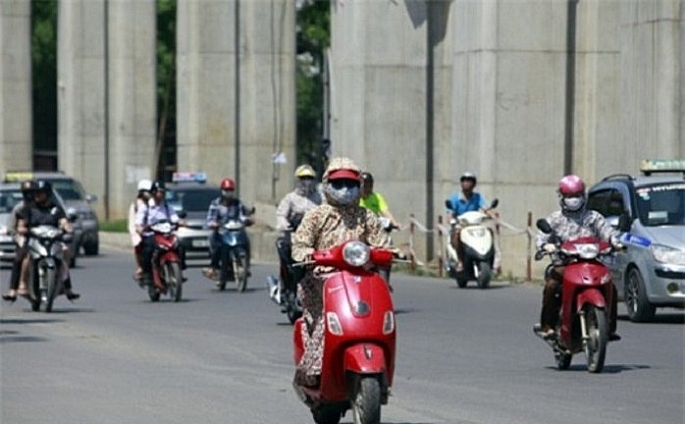 Bắc Bộ nắng nóng gay gắt, chỉ số tia UV tại Hà Nội ở ngưỡng nguy cơ gây hại cao