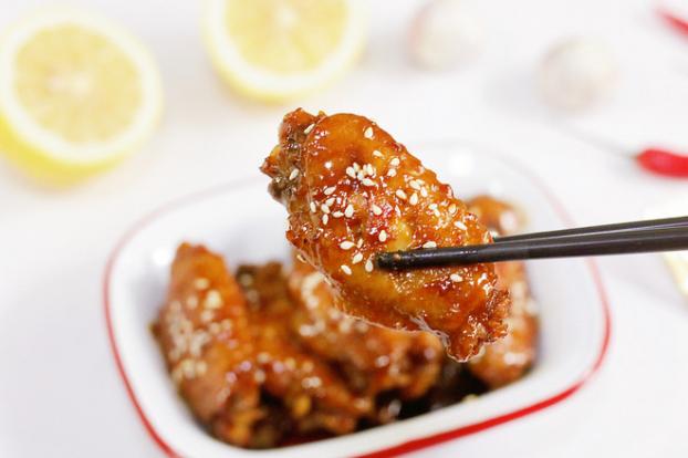 Có 1 cách nấu cánh gà vừa đẹp mắt lại ngon cơm, cả nhà ai cũng khen tấm tắc