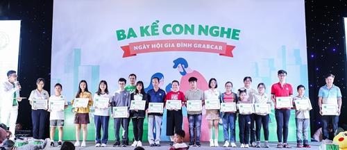 Học bổng Tài Năng Xanh 2019: Gửi trao sự quan tâm cho con em đối tác GrabCar