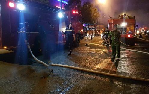 Đắk Lắk: Cháy chợ trung tâm thị trấn Ea Kar