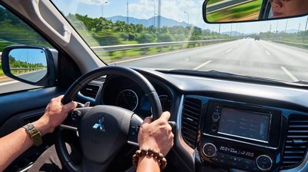 Các lỗi thường gặp trên hệ thống điều hòa xe ô tô lái xe cần biết