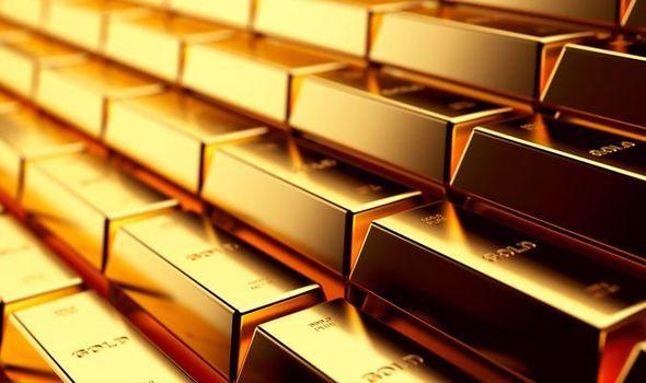 Giá vàng hôm nay 19/7: Treo trên đỉnh cao nhất 6 năm, áp sát 40 triệu đồng/lượng