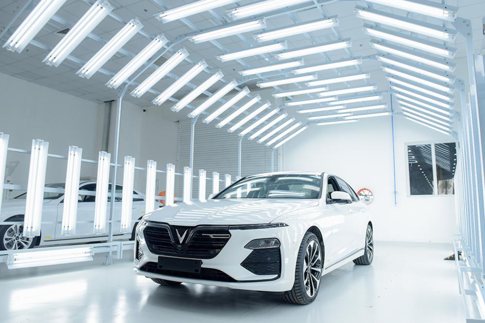 VinFast chuẩn bị bàn giao lô 200 xe Lux A2.0 và Lux SA2.0 đầu tiên cho khách hàng