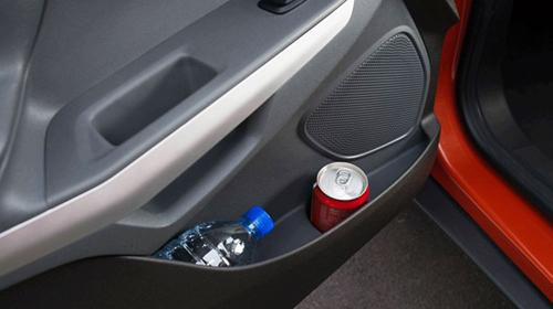 Những đồ dùng tuyệt đối không được để trong ô tô khi trời nóng