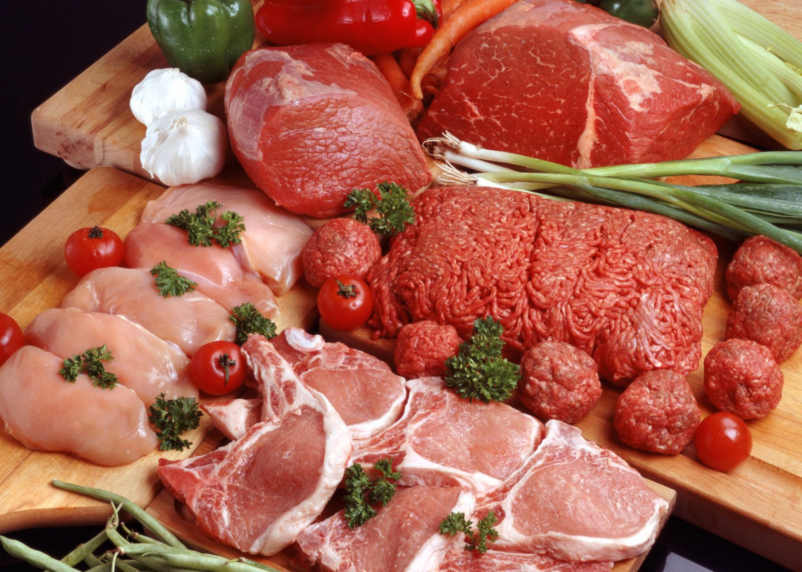 Mỗi người nên ăn bao nhiêu thịt mỗi ngày?