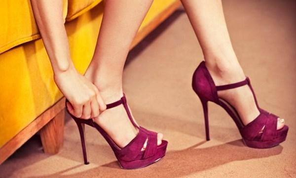 Mẹo hay sử dụng giày cao gót không bị đau chân