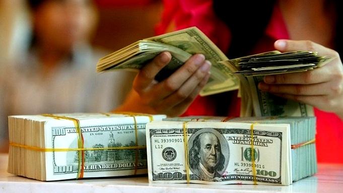 Ngân hàng Nhà nước bất ngờ tăng tỷ giá lên 1%