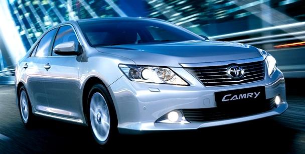 Từ 1/10, giá bán lẻ xe Toyota tăng 55 triệu đồng