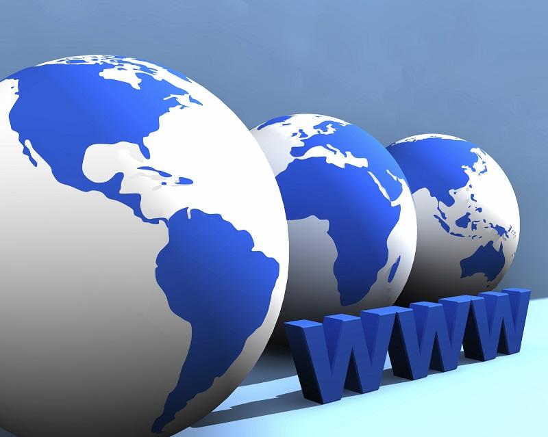 Điều chỉnh giảm lệ phí sử dụng và duy trì tên miền