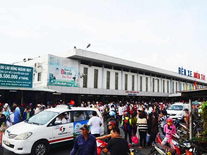 TPHCM: Giá vé xe khách tăng tối đa 40% trong dịp lễ 30/4 - 1/5