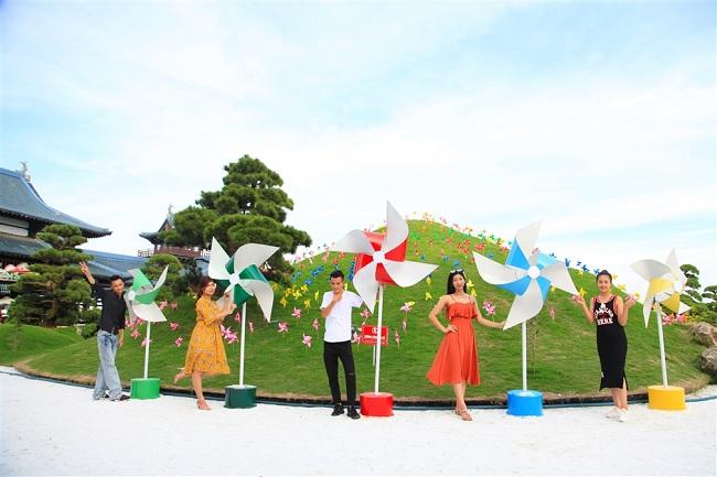 Đến Sun World Halong Complex, khám phá ngọn đồi chong chóng đẹp như mơ