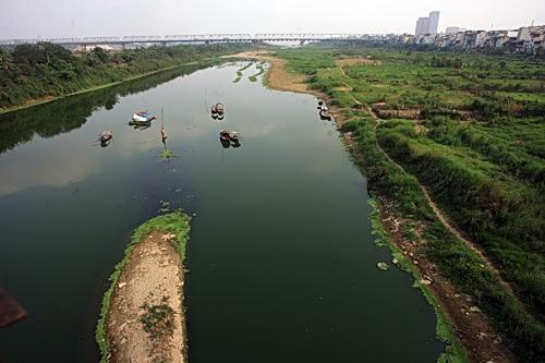 Ô nhiễm nước mặt tại các đô thị lớn ngày càng đáng lo ngại!