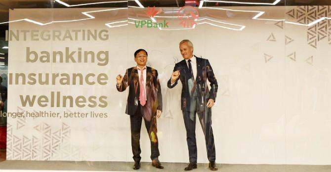 VPBank bắt tay AIA, phân phối bảo hiểm độc quyền 15 năm
