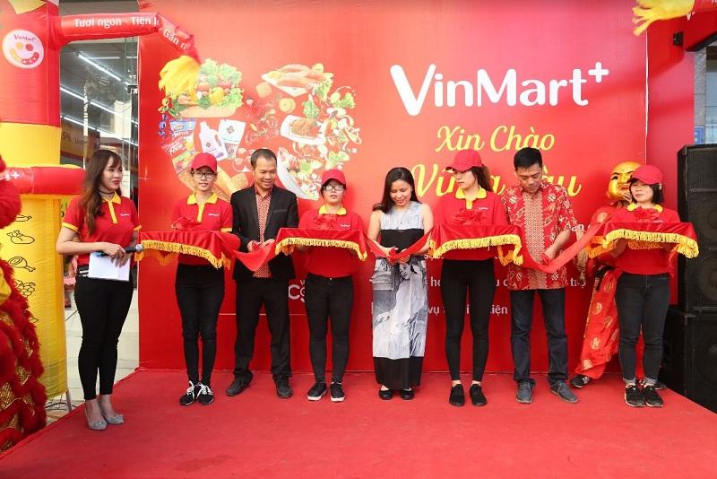 Hơn 100 cửa hàng VinMart+ khai trương trong tháng 12/2017.