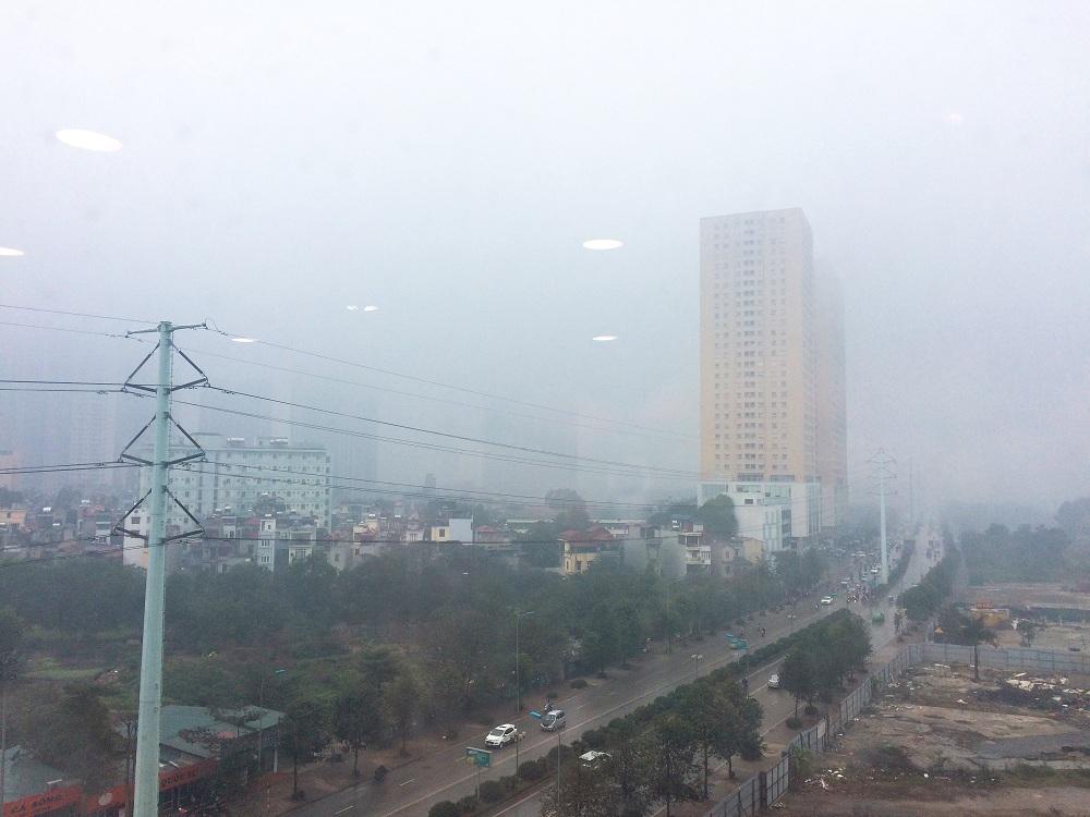Hà Nội dày đặc sương mù, xin bạn đừng chủ quan!