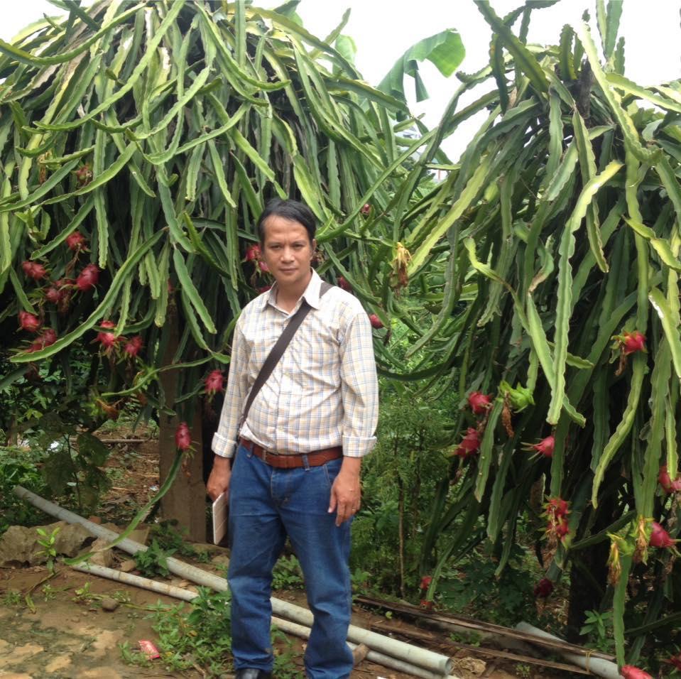 Để kiểm chứng chất lượng thực sự của sản phẩm không ít lần Hoàng Phương đã lặn lội tới từng khu vườn, trang trại để gặp người trồng.