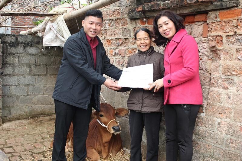 Home Credit tiếp sức chị em phụ nữ nghèo