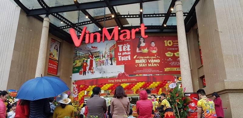 """Siêu thị VinMart & cửa hàng VinMart+ với chương trình """"Tết là phải Tươi"""" hấp dẫn."""