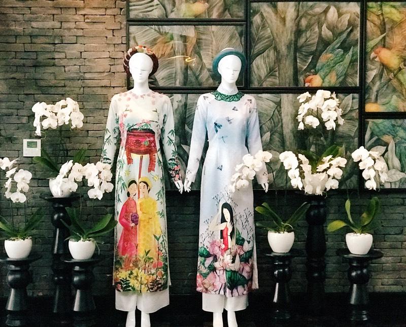 """""""My Vietnam"""" của NTK Thủy Nguyễn tạo ấn tượng đặc biệt tại triển lãm """"Áo dài Việt Nam"""""""