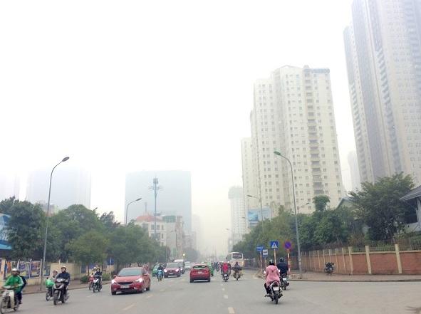 Hà Nội sương mù nhưng đừng chủ quan với khói bụi!