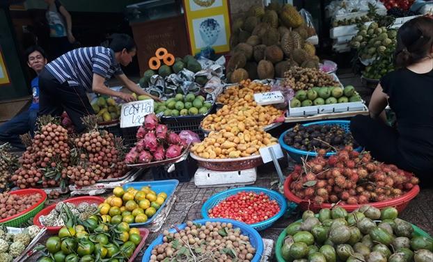"""Giải mã lý do khiến người tiêu dùng Việt dần """"thờ ơ"""" với chợ truyền thống"""