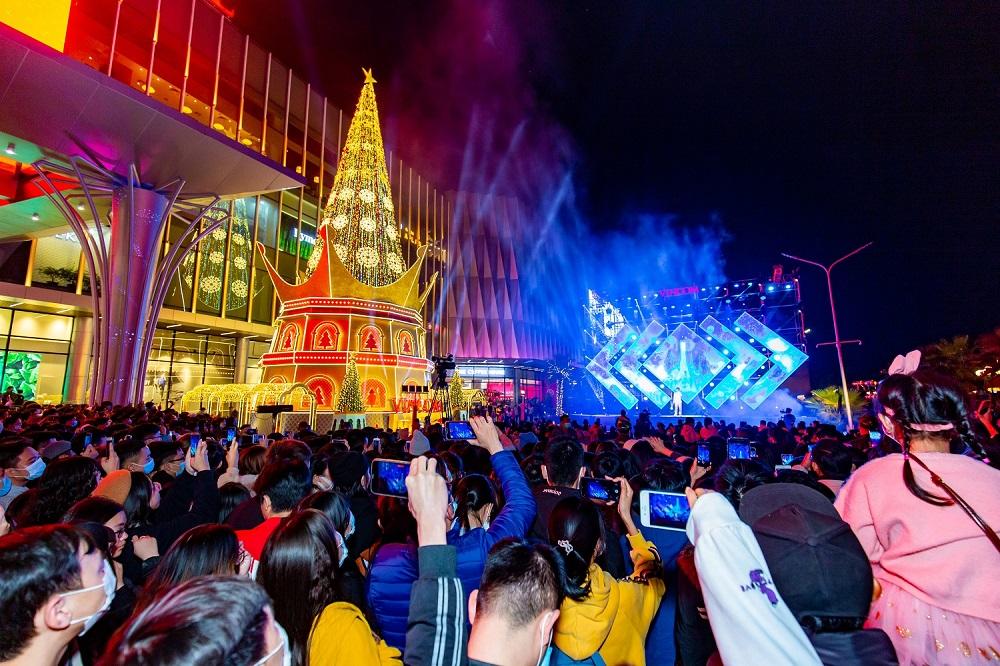 """Lộ diện tâm điểm lễ hội tại """"thành phố biển hồ"""" giữa lòng Hà Nội"""