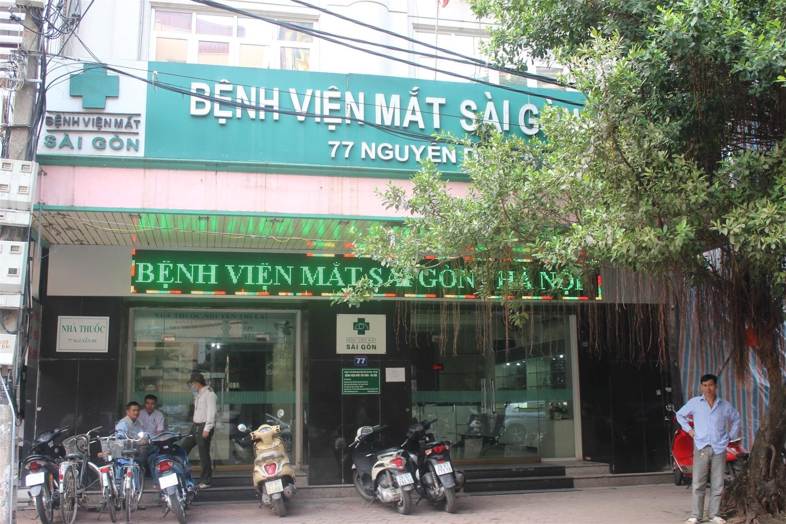 """Bệnh viện Mắt Sài Gòn – Hà Nội """"xé"""" luật, phẫu thuật cho bệnh nhân"""