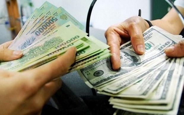 Mua bán ngoại tệ có giá trị dưới 1000 USD sẽ bị phạt cảnh cáo
